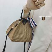個性迷你立體三角手拎草編小包女2018新款歐美時尚單肩斜跨手提包