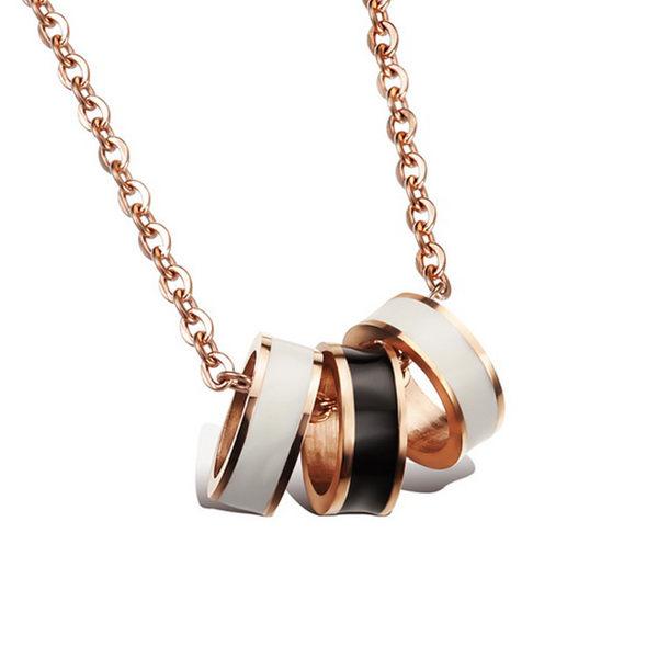 【5折超值價】  【316L西德鈦鋼】最新款經典時尚精美黑白三環玫瑰金造型女款鈦鋼項鍊
