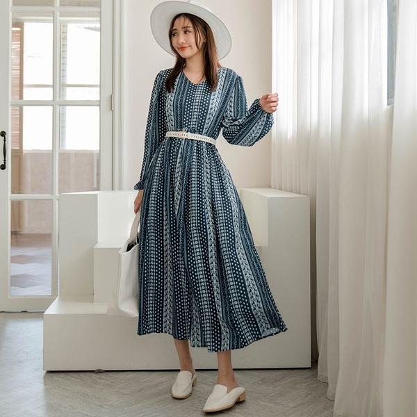 現貨-MIUSTAR 後拉鍊袖鬆緊滿版花葉厚磅雪紡洋裝(共1色)【NJ0105】