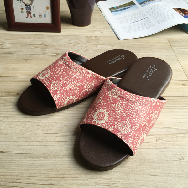 台灣製造-經典系列-室內拖鞋-橡膠鞋底皮拖 - 光年-粉