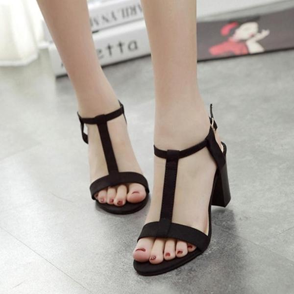 粗跟涼鞋女夏季新款羅馬中跟黑色ins仙女風配裙子t型帶高跟鞋 時尚芭莎