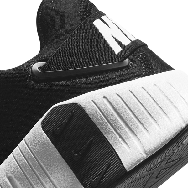 Nike FREE METCON 4 女鞋 訓練 網布 透氣 穩定 支撐 黑白【運動世界】CZ0596-010