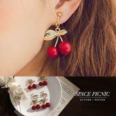 耳環 Space Picnic|現+預.甜美復古櫻桃造型設計耳針/耳夾【C18082001】