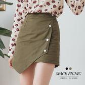 褲裙 Space Picnic|現貨.銀釦不對稱下擺設計短褲裙【C18074036】
