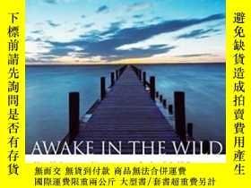二手書博民逛書店Awake罕見In The WildY255174 Mark C