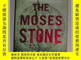 二手書博民逛書店英文原版罕見The Moses Stone by James B