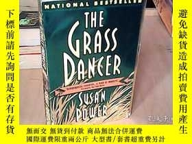 二手書博民逛書店The罕見Grass Dancer(英文原版)Y15641 Su