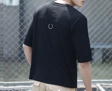 FINDSENSE MD 韓國 時尚潮 男 休閒寬鬆 純色素面 鐵環裝飾 短袖T