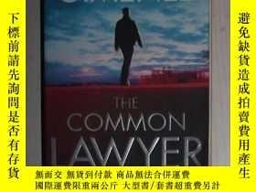 二手書博民逛書店英文原版罕見The Common Lawyer by Mark