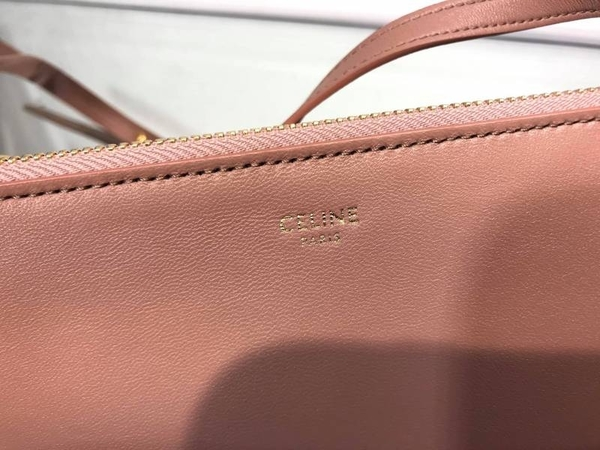 ■現貨在台■專櫃75折■Celine Trio 層壓羊皮小型三層斜背包古典玫瑰色