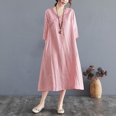 棉麻洋裝~胖妹妹大碼洋裝連身裙~文藝棉麻連身裙女裙子中袖繡花V領FFA028A衣時尚