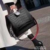 女士水桶包女2019新款女包包側背包寬帶韓版爆款單肩手提簡約百搭 依凡卡時尚