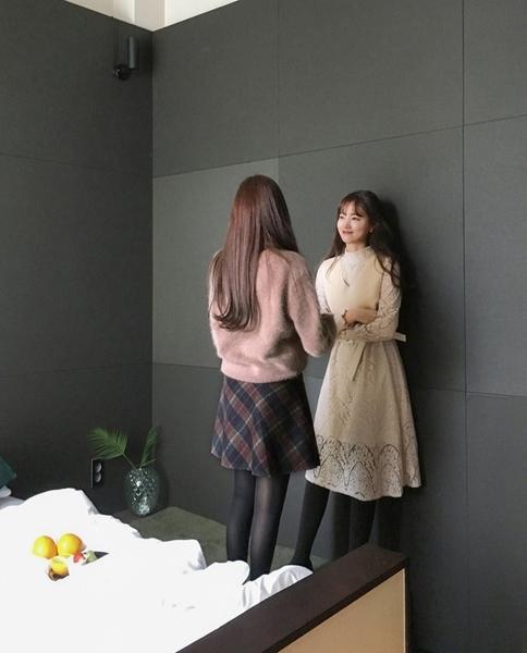 V領長袖毛衣韓風 浪漫花邊氣質喇叭袖毛衣 艾爾莎【TGK6960】