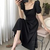 大碼洋裝 大碼女裝夏季新款復古赫本風小黑裙胖妹妹收腰顯瘦方領洋裝 衣櫥秘密