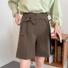 西裝短褲女夏季直筒寬鬆2021新款設計感小眾高腰垂感闊腿五分褲子 果果輕時尚