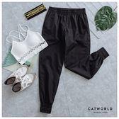 Catworld 爆汗系列。鬆緊腰縮口防風爆汗運動褲【12001773】‧M/L/XL/XXL