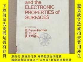 二手書博民逛書店photoemission罕見and the electronic properties of surfaces(