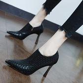 裸靴 英倫風金屬尖頭深口高跟鞋2020年秋季新款時尚罐罐鞋百搭細跟裸靴 降價兩天