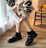 馬丁靴 馬丁靴女春款韓版復古學生方頭短靴中跟粗跟百搭短筒靴子  poly girl