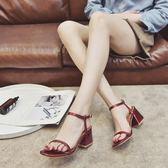 涼鞋 2018夏季新款韓版女鞋ins復古粗跟中高跟鞋一字扣5cm