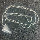 天然晶石 白水晶 六角錐水晶能量靈擺項鏈