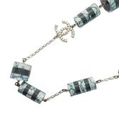 CHANEL 香奈兒 黑白壓克力藍蕾絲圓桶墜飾x珍珠logo長項鍊 Necklace 2014