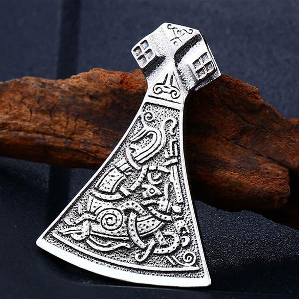 《QBOX 》FASHION 飾品【C10BP8-268】精緻個性雕花維京海盜之斧護身符鑄造鈦鋼墬子項鍊(收藏)