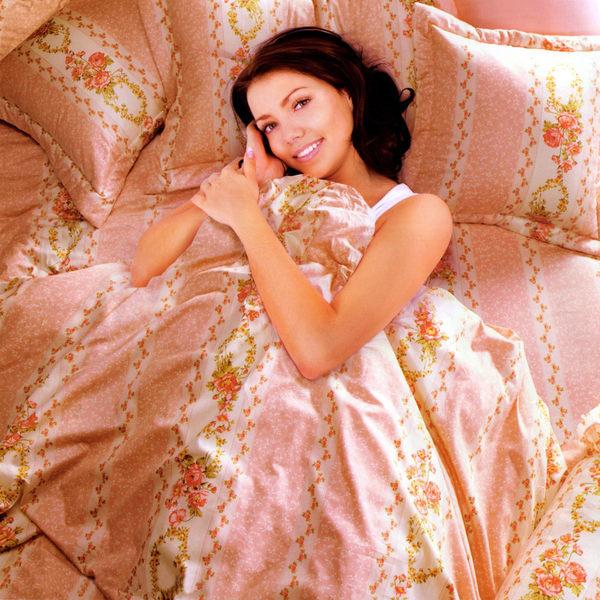 台灣製-花意濃情 雙人(5x6.2呎)四件式鋪棉涼被床包組-粉紅色[艾莉絲-貝倫]T4HC-3B71-PK-M