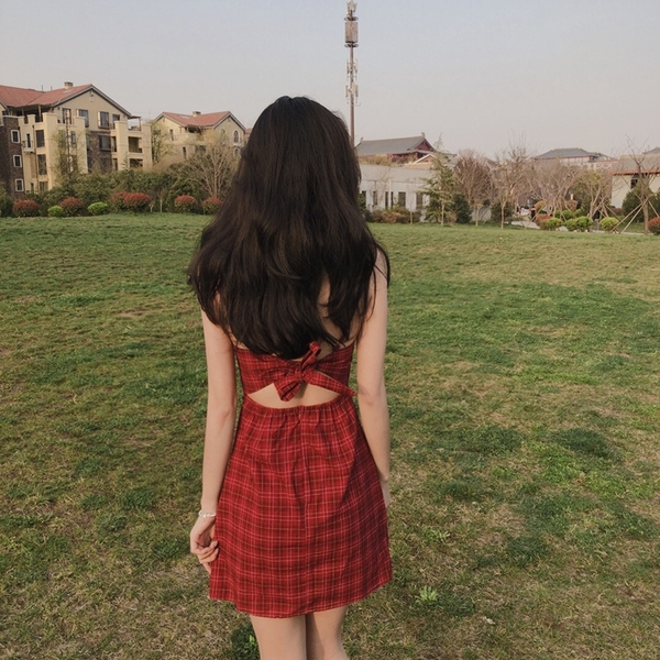 EASON SHOP(GQ0898)韓版格紋格子綁帶收腰後繫帶鏤空露腰無袖細肩帶吊帶背心連身裙洋裝女包臀短裙
