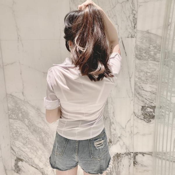 立領短袖衫2020新款V領修身白色OL襯衫制服性感低胸上衣襯衣女裝 艾瑞斯