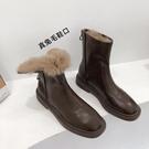 方頭軟皮彈力瘦瘦靴女2020冬季短靴韓版馬丁靴中筒《蓓娜衣都》
