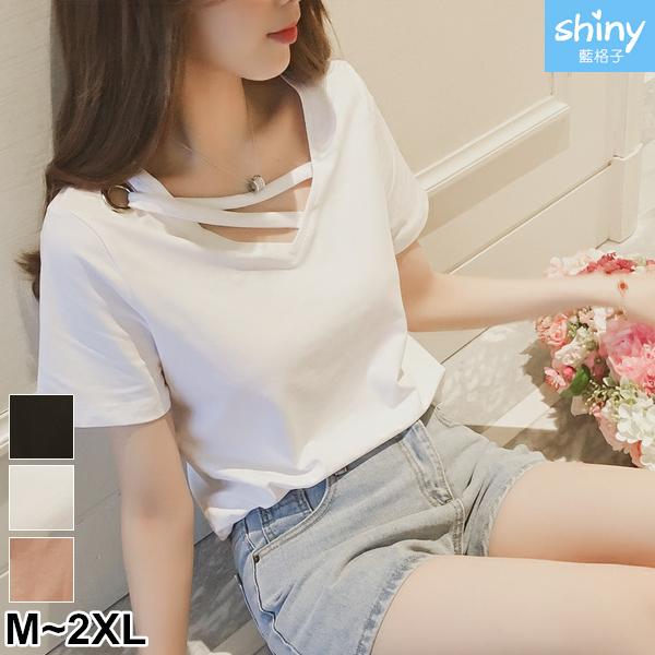 【V2483】shiny藍格子-小心機風.V領交叉圓環造型短袖上衣