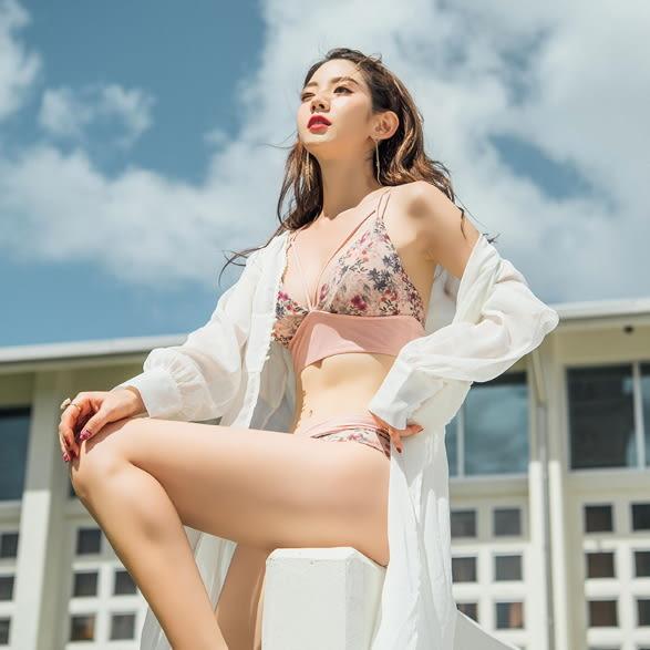 梨卡 - 韓國甜美性感[集中鋼圈+深V爆乳]花紋碎花印花泳裝比基尼二件式泳衣CR423