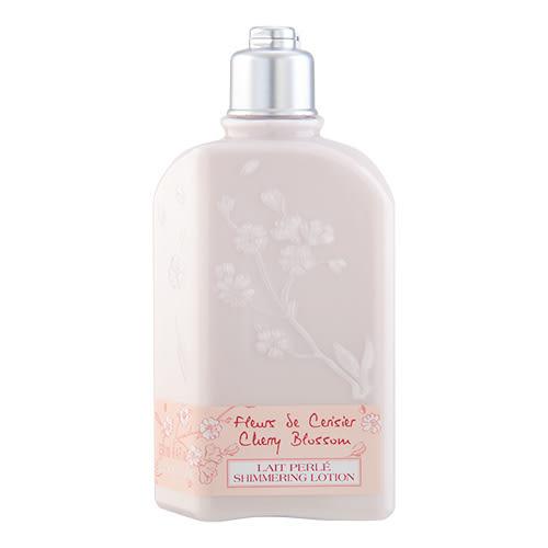 L Occitane 歐舒丹 Cherry Blossom 櫻花閃亮潤膚露8.4oz,250ml ~