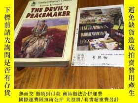 二手書博民逛書店英文原版罕見the devil s peacemaker 魔鬼的