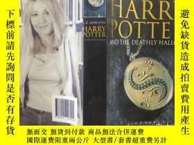 二手書博民逛書店英文原版罕見HARRY POTTER and the DEATHLY HALLOWSY357459 ROWLI