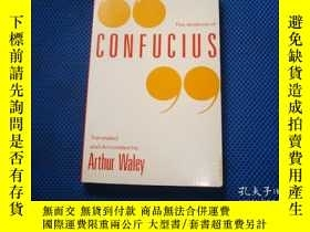 二手書博民逛書店The罕見Analects of Confucius The A