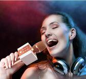 手機麥克風直播話筒 新科無線話筒手機全民k歌麥克風藍芽家用電視唱歌吧神器音響 星河~