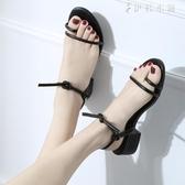 韓國綁帶粗跟中跟羅馬低跟夾趾百搭涼鞋露趾簡約交叉綁帶高跟鞋女 伊鞋本鋪