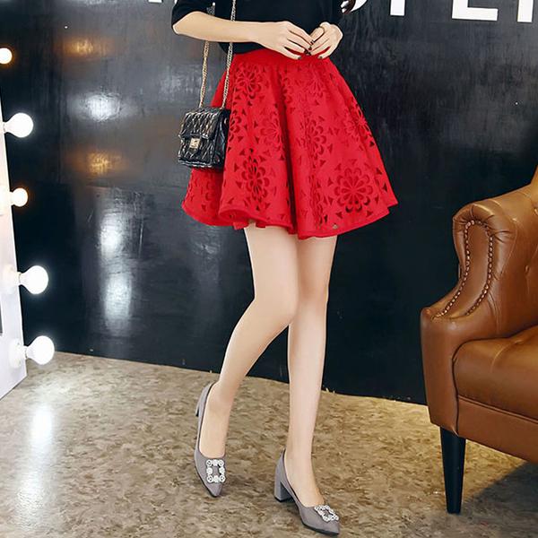 鏤空傘擺鬆緊腰短裙  (黑  紅)二色售  (MNNO)
