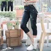 牛仔褲--個性滿點元氣女孩星星刺繡貼布水鑽亮色車線中腰七分褲(M-3L)-C75眼圈熊中大尺碼