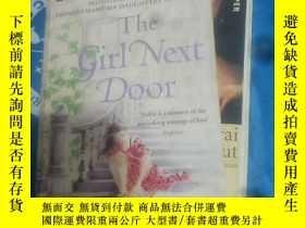二手書博民逛書店The罕見Girl Next Door 英文原版厚本品好Y173306 Elizabeth Noble MIC