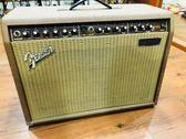 凱傑樂器 中古美品 Fender Acoustasonic 木吉他 音箱 歐規插座  附電源轉換器