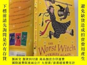 二手書博民逛書店the罕見worst witch strikes again 最壞的女巫又來了...Y200392