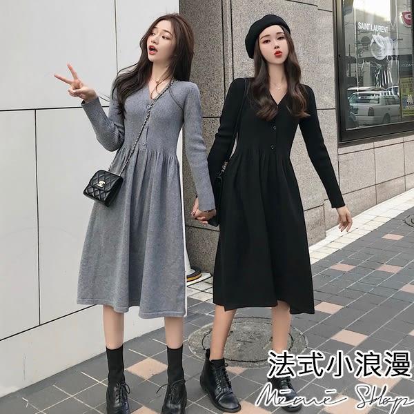 孕婦裝 MIMI別走【P52798】顯瘦V領 復古收腰針織連衣裙 開扣哺乳裙