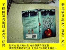 二手書博民逛書店DANCE罕見OF DEATH 死亡之舞Y203004