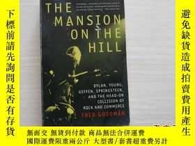 二手書博民逛書店Mansion罕見On The Hill 山上的豪宅【405】Y