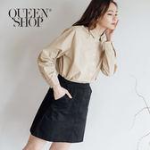 Queen Shop【03010734】素面雙大口袋設計A字短裙 兩色售 S/M*現+預*