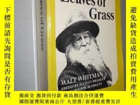 二手書博民逛書店Leaves罕見of grass: authoritative