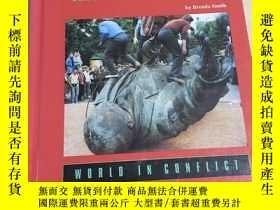 二手書博民逛書店The罕見Collapse of the Soviet UnionY292349 BRENDA J.SMITH